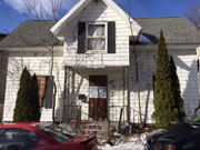 http://extranet.waterburyct.org/public/Tax-Auction/Lists/Current%20Property%20Listings/Attachments/1069/T9%20Vermont%20Street.JPG